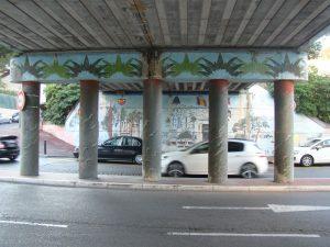 """Pont Alexandre III (actuellement) - Cannes - Ilot central et mur """"montant"""""""