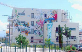 Fresque l'ABC, façade principale des immeubles l'Alphabet au Fontanil-Cornillon